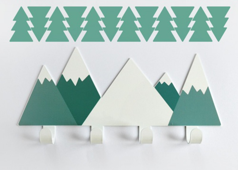 TRESXICS Wall hanger green mountains plus 12 firs